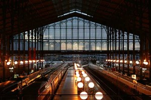 gare du nord interieur 300x199 BANG Movie Review: Hugo