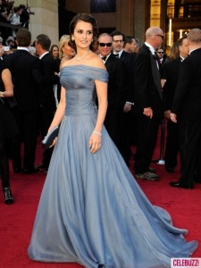 Penelope Cruz at the 2012 Oscars 225x300 Oscar Night 2012 + Dilovelys EXTRA Oscars