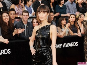 Rose Byrne 2012 Oscars 300x225 Oscar Night 2012 + Dilovelys EXTRA Oscars