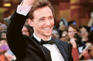 tom hiddleston smiling 300x197 Non Expert Thoughts on The Avengers